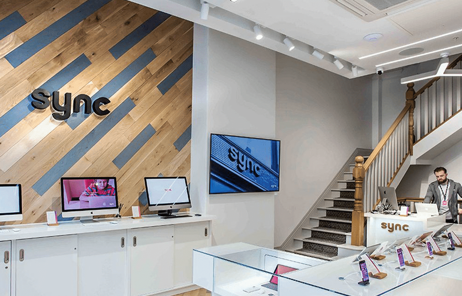 Sync Store Apple